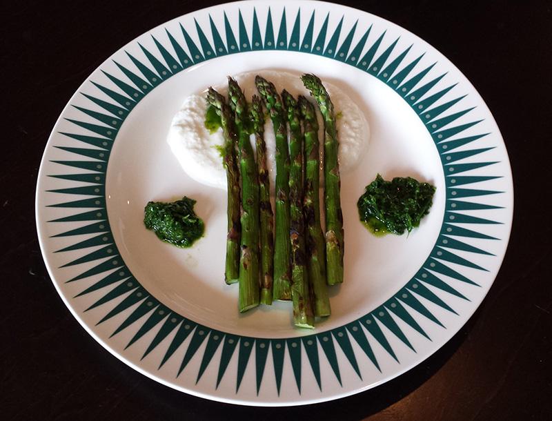 grill-rezept-gruene-spargel-vorspeise-grillieren