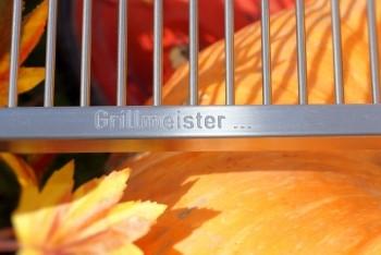 grillrost nach mass massgefertiger grill rost auf bestellung. Black Bedroom Furniture Sets. Home Design Ideas